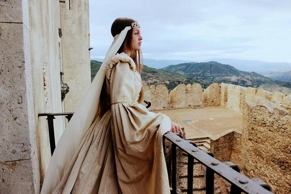 Даниэла Рябичева  в историческом костюме  Музея Санта Северины